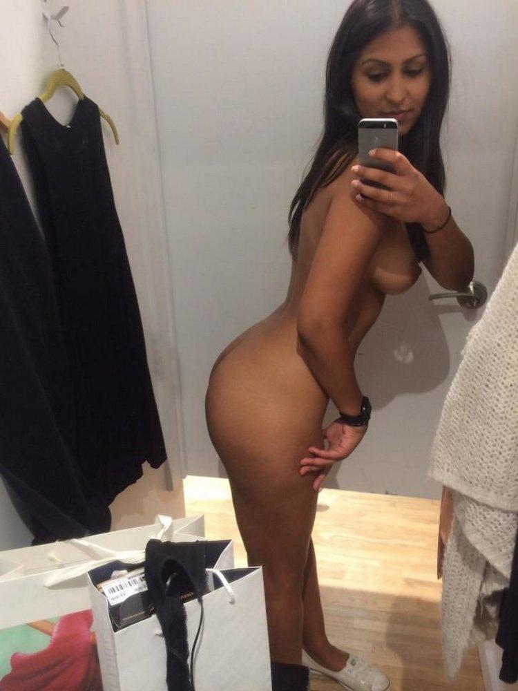 Teen Fitting Room Selfie