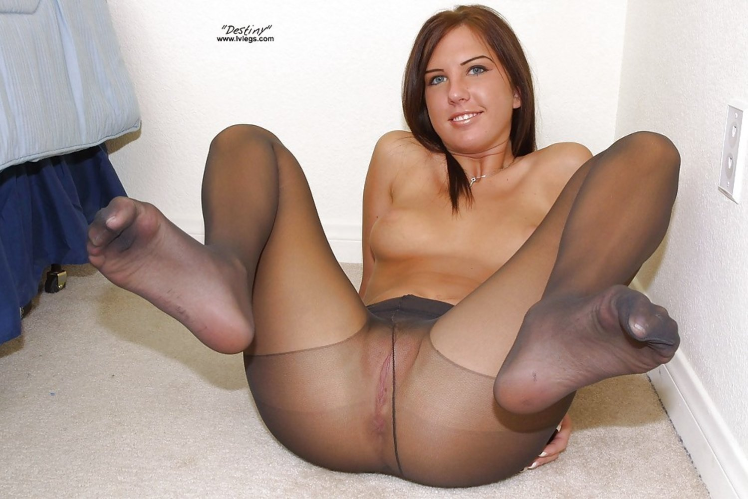 Long Nylon Sex Pics In