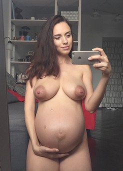 Gorgeous, completely naked pregnant...
