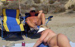 An elderly stranger massages the cunt of...