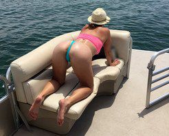 My wife has a wide anus and a big butty