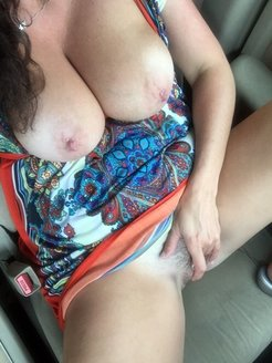 Titted driver, masturbating and cumming in...