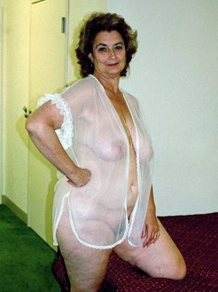 flawless granny naked amateur pictures