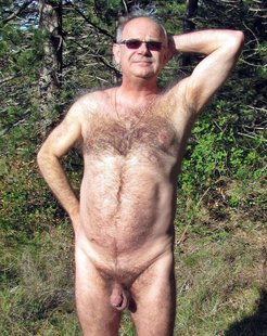 Fully naked oldsters and grandfathers...