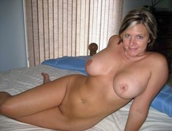 nude moms depilated cunt compilation
