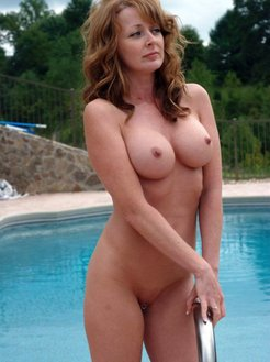 Pampered mature females outdoor pictures