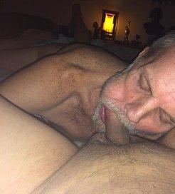 Tom Sucking Cock -v4