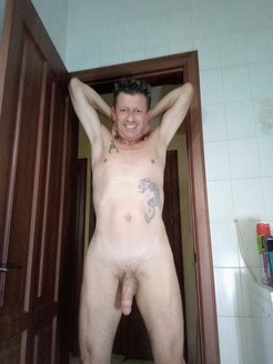 NUDE PICTURES OF ME!!
